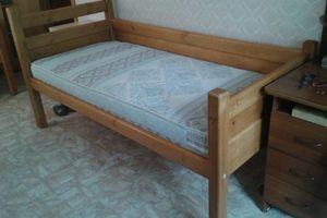 Детская деревянная кровать